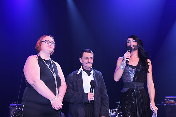 Mit Conchita am Integrationsball